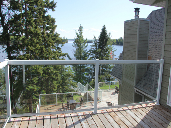 5e-Stormbay-Master-Bedroom-Deck-view